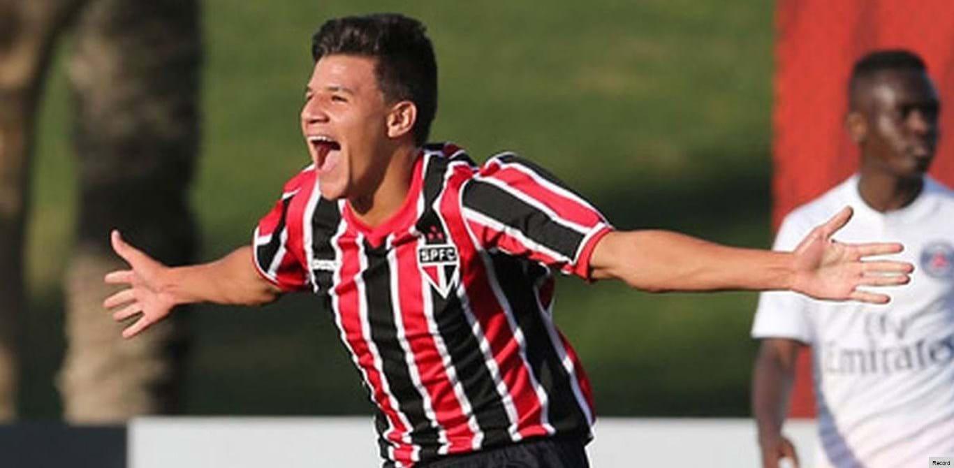 Merengues asseguram jovem promessa brasileira