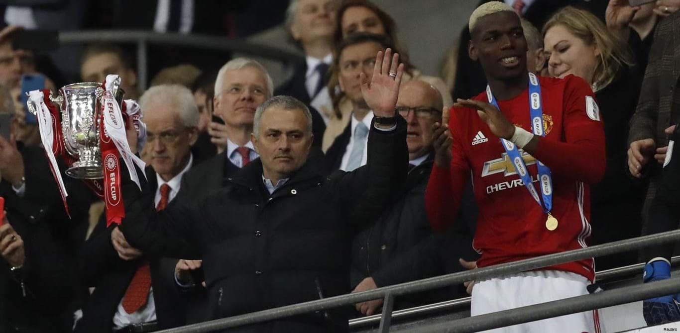 Manchester United vence Taça da Liga e Mourinho conquista o 24.º título da carreira