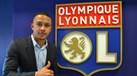 Depay deu os parabéns a Mayweather com luvas no valor de... 4 mil euros