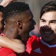 Benfica B-Aves: 4-2: Águias vencem e sobem na classificação