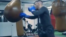 McGregor intensifica treinos de boxe