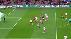 Remate à meia-volta de Gabbiadini empatou o jogo em Wembley