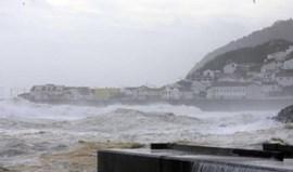 Mau tempo nos Açores leva ao cancelamento de mais dez voos