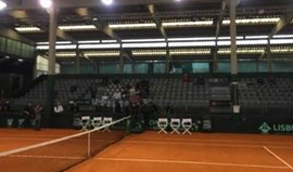 A eliminatória da Taça Davis entre Portugal e Israel começou... mal