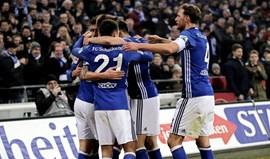Schalke 04 vence Hertha Berlim por 2-0