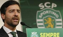 Madeira Rodrigues assiste ao jogo com o Moreirense