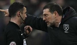 Treinador do West Ham paga 9.400 euros por um... microfone
