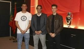 Daniel Azevedo e Bruno Lourenço assinaram contrato profissional