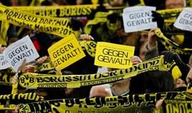 Borussia Dortmund identifica 61 suspeitos de desacatos antes do jogo com Leipzig