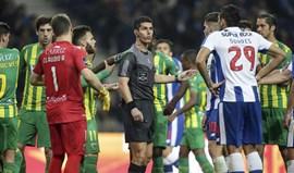 Tondela diz-se duplamente lesado pela arbitragem de Luís Ferreira