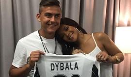 Dybala dá os parabéns a Rihanna