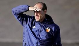 Treinador do Valencia confirma paragem de Nani