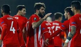 Olympiacos triunfa na Turquia e segue em frente