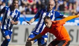 Valencia gastou os 'cartuchos' com o Real e caiu aos pés do modesto Alavés
