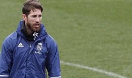 Sergio Ramos esperou uns dias mas Dani Alves não ficou sem resposta
