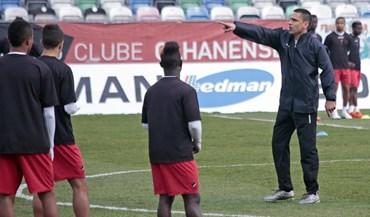 Bruno Saraiva acredita que dez vitórias garantem permanência