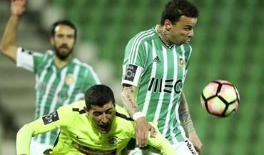 A crónica do Rio Ave-Marítimo (0-0): Corrente correu contra os golos