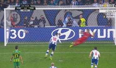 Soares caiu na área e André Silva fez o resto