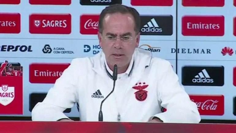 Arnaldo Teixeira elogia atuação de André Carrillo