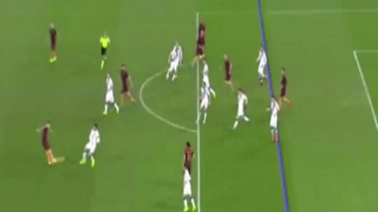 Golaço de Leandro Paredes: Quando Hart olhou... já a bola estava no fundo da rede