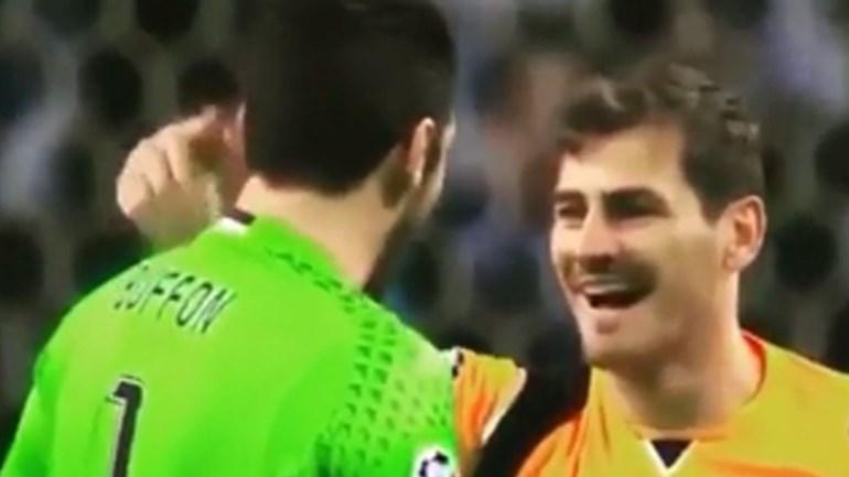 Casillas não perdeu o sorriso no final do jogo e Buffon foi o responsável por isso