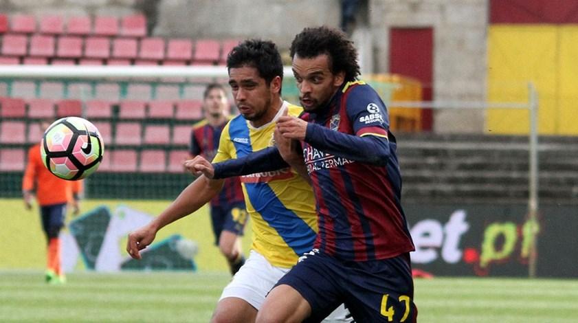 Chaves-Arouca, 2-0: Tiros de requinte forjaram a chave