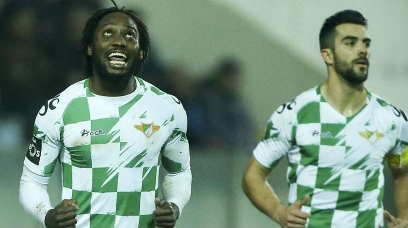 Cauê e Alex falham curta deslocação a Guimarães