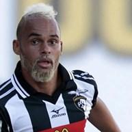 Paulinho w drodze do FC Porto?