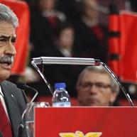 Benfica emite comunicado a exigir respeito