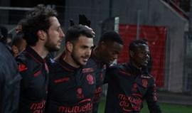 Nice vence Dijon e iguala Monaco e PSG