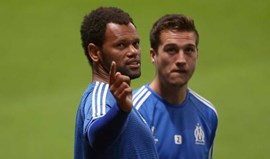 Rolando marca na goleada do Marselha em Lorient