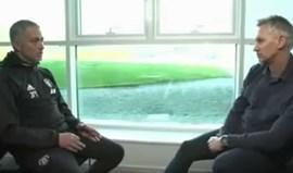 José Mourinho: «Vou ficar no Manchester United até os donos quererem»