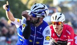 Tirreno-Adriático: Fernando Gaviria vence sexta etapa