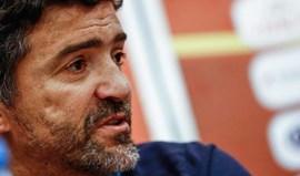 Três grandes dominam escolhas de Hélio Sousa