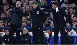 Conte continuou aos gritos com Mourinho no túnel de acesso aos balneários