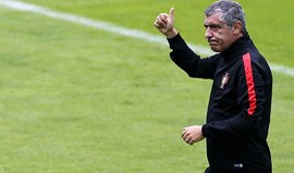 Fernando Santos telefona a adeptos