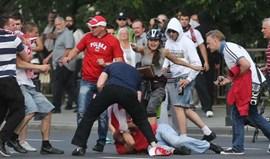 Polónia: Tribunal condena dois adeptos a um ano e meio de prisão