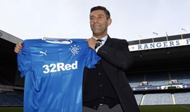 Escócia: Caixinha estreia-se no Rangers com goleada