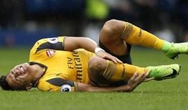 Alexis Sánchez lesiona-se frente ao West Bromwich