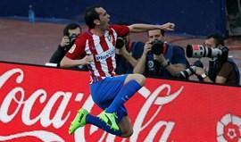 Atlético Madrid bate Sevilha e aproxima-se do terceiro lugar