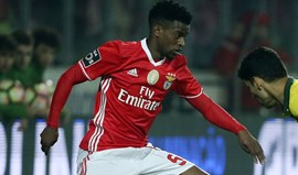Borussia Dortmund regressa por Nélson Semedo