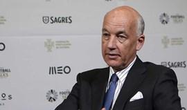 David Elleray: «Erros dos árbitros não vão acabar»