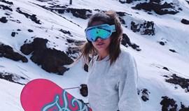 Carlota Sardinha diverte-se na neve
