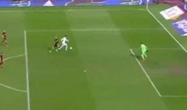 Foi assim que Mitroglou bateu Courtois e marcou à Bélgica