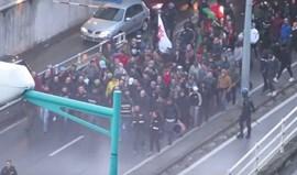 'Claque' da Seleção com ofensas ao Benfica à chegada à Luz