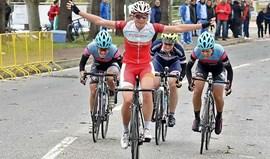 Ciclista britânica domina no arranque da Taça de Portugal feminina