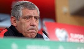 Fernando Santos demarca-se da polémica entre Benfica e Federação