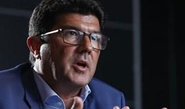 Luís Bernardo: «Provocados? Vinham com fumos azuis antes de chegarem à Luz»