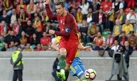 A crónica do Portugal-Suécia, 2-3: Furou o balão da festa