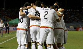 México supera Trindade e Tobago com assistência de Layún